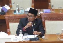 Photo of Distribusi Bansos Diselewengkan, Bukhori: Mensos Harus Turun Tangan