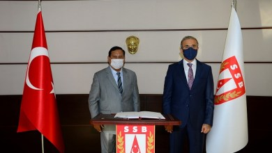 Photo of Prabowo Sedang Lawatan ke Turki, Ikut Hadiri Shalat Jumat di Hagia Sophia?