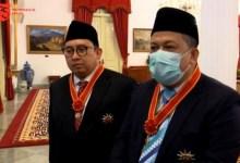 Photo of Ini Pernyataan Fahri-Fadli Usai Terima Bintang Jasa dari Presiden Jokowi