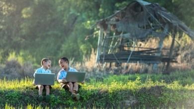 Photo of Hitam Putih Internet Masuk Desa