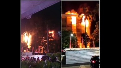 Photo of Kebakaran, Tujuh Lantai Gedung Kejakgung RI Dilahap Api