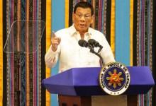Photo of Marah ke Para Dokter, Duterte: Kami Akan Bunuh Semua yang Terinfeksi COVID-19