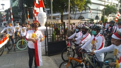 Photo of 300 Relawan Simpul Umat Cinta Negeri Ikuti Gowes Sehat Bareng Umat Jakarta