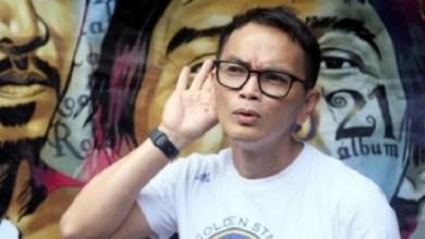Photo of Anggota DPR Pertanyakan Kantor Yosi 'Project Pop' di Kemkominfo