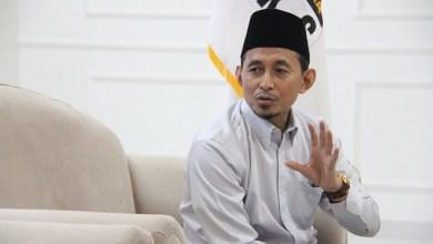 Photo of Kritik UU Cipta Kerja, Politisi PKS: Perpanjangan Sertifikat Halal Tidak Miliki Kontrol yang Jelas