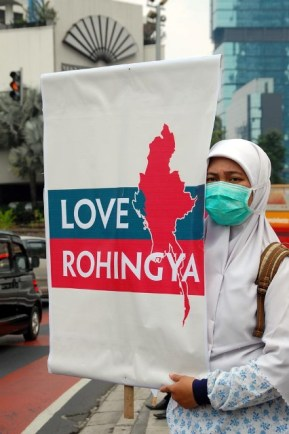 Aksi Kemanusiaan Love Rohingya - SuaraJakarta.com (06)
