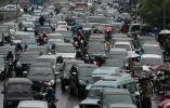 Di Jakarta, Sekarang Setengah Tujuh Sudah Macet Total