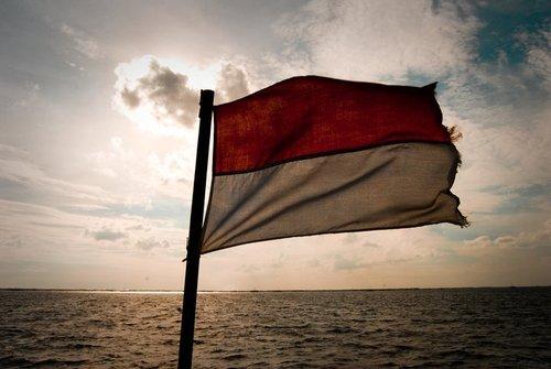suara jakarta bendera bangsa indonesia merah putih