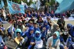 PHK Massal Terjadi, DPR Desak Pemerintah Kembalikan Gairah Ekonomi