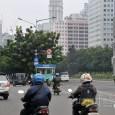 suara-jakarta-pengendara-motor-melintas-di-jalan-jenderal-sudirman-transportasi
