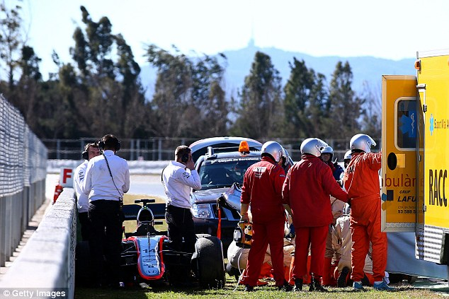suara jakarta Kecelakaan Saat Tes, Alonso Dilarikan ke Rumah Sakit