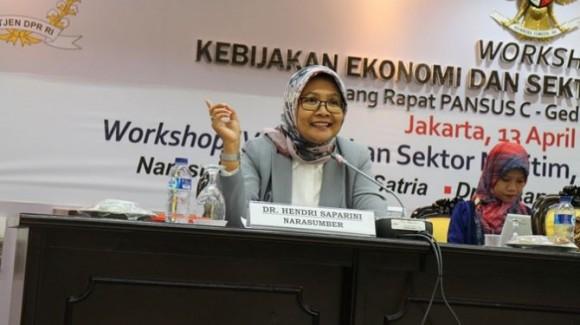 Pakar Ekonomi UGM, Dr. Hendri Saparini. (Foto: coreindonesia.org)