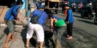 Sudin Tata Air Jakarta Pusat Bersihkan 138 Saluran Penghubung