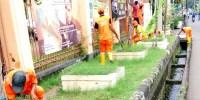 Pahlawan Banjir, PPSU Kuras Saluran Air Jalan Rawa Selatan