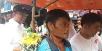 Ke Pasar Rumput, Anies Didoakan Warga Menang di Pilkada DKI