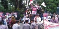 Massa Ahok Setel Musik Keras Saat Azan, Netizen: Toleransi Cuma Pemanis