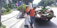 Pasukan Oranye Bersihkan Sampah Jelang Penilaian Adipura