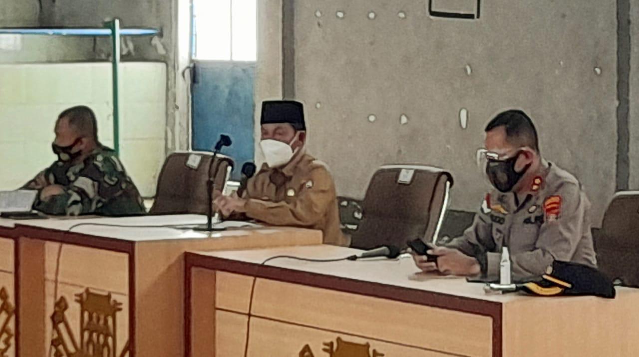 Bupati Lampung Utara Hi. Budi Utomo Pimpin Rakor Peningkatan Upaya Pencegahan Penyebaran Covid-19