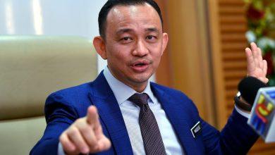 Photo of Anwar perlu buktikan ada aura lebih hebat daripada Tun M untuk jadi PM