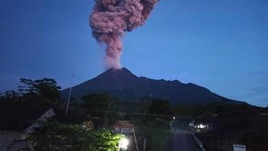 Photo of Gunung Merapi meletus, Indonesia keluar amaran kepada pelancong dan penduduk setempat