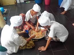 Photo of Makan setalam, jemaah bersalam sukar pastikan siapa penyebar COVID-19