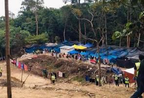Photo of Polis serbu penempatan haram di Batang Kali