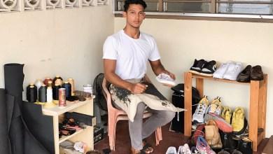 Photo of Wabak COVID-19: Netizen minta tukang kasut jahit hati