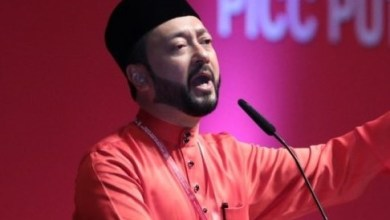 Photo of Mukhriz Mahathir letak jawatan MB Kedah buat kali kedua