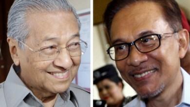 Photo of Isyarat Anwar kepada Mahathir #StayAtHome