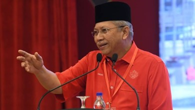 Photo of UMNO-Muhyiddin: MT ada kuasa pertimbang – Annuar