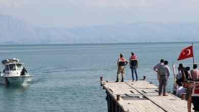 Photo of Tragedi kapal karam di Tasik Van: 60 migran dikhuatiri terperangkap