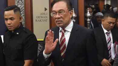 Photo of Anwar rasmi Ketua Pembangkang Parlimen