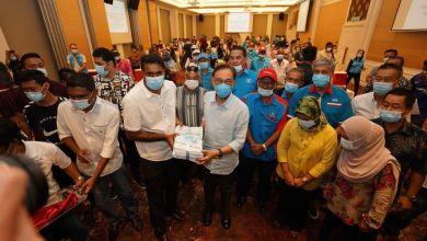 Photo of Anwar terima borang 600 anggota Bersatu masuk PKR