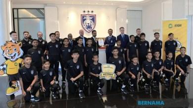 Photo of Akademi JDT yang pertama terima anugerah Ahli Emas Piagam SupaRimau FAM