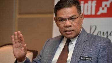 Photo of Kenyataan Ahmad Zahid bukti Muhyiddin hilang majoriti – Saifuddin