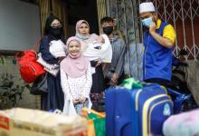 Photo of Ebit Liew bantu wanita bersama keluarga dari Sarawak ditipu cari kerja