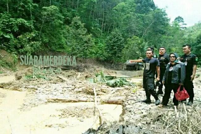 Air Sungai Manunggang Meluap, Dapur Warga Hanyut
