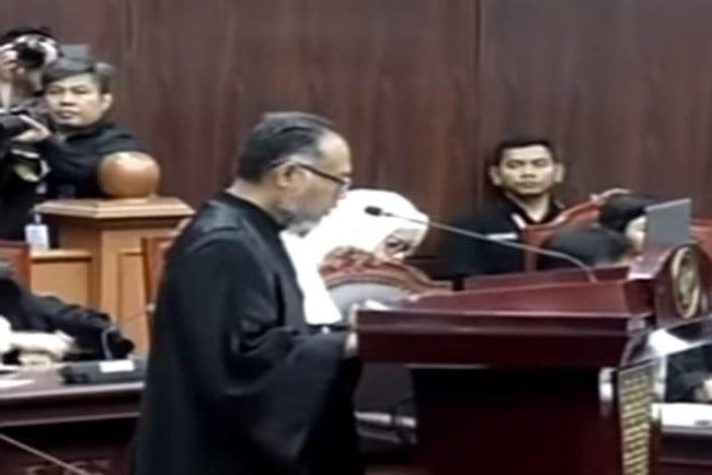 Tim Hukum Prabowo-Sandi Ungkap Kegagalan Jawaban Termohon