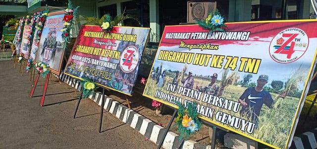 HUT TNI, Kodim Banyuwangi Terima Karangan Bunga Dari masyarakat