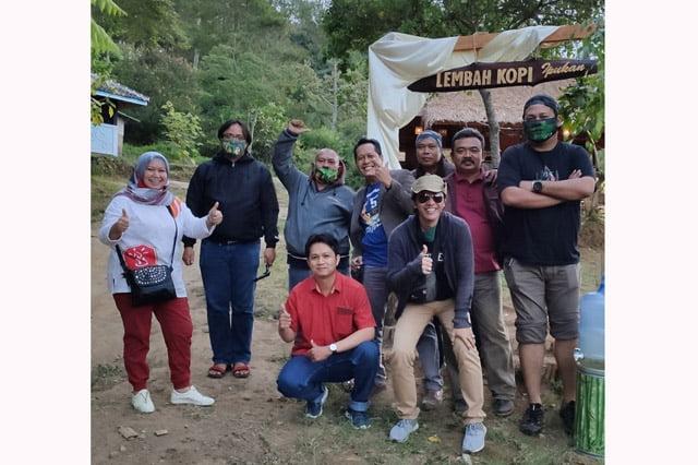 Tombo Kangen Arek Suroboyo di Cirebon