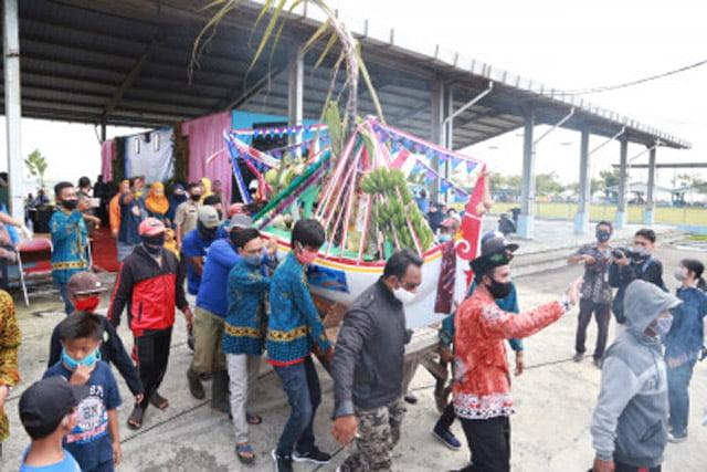 Warga Pesisir Muncar Banyuwangi Kembali Gelar Tradisi Petik Laut