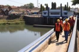 Antisipasi Banjir, DPU Pengairan Banyuwangi Gencarkan Normalisasi Sungai