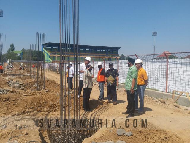 proyek tribun stadion wergu