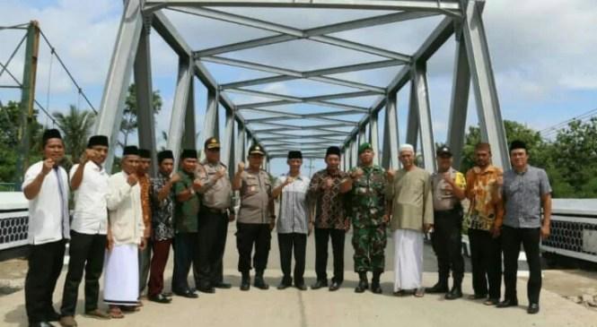 Warga Tanjung Anom Tasyakuran Selesainya Pembangunan Jembatan Way Tebu II