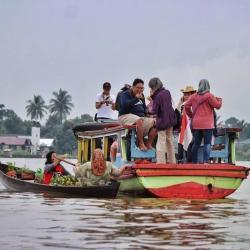 Kelotok Wisata Kurang Perhatikan Keselamatan Penumpang
