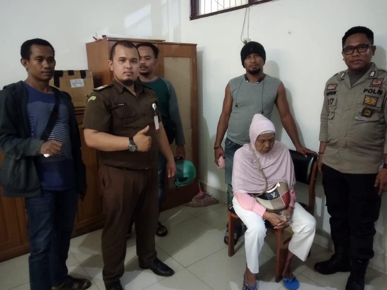 Nenek Nekad Selundupkan Ratusan Zenith ke Sel di PN Banjarmasin