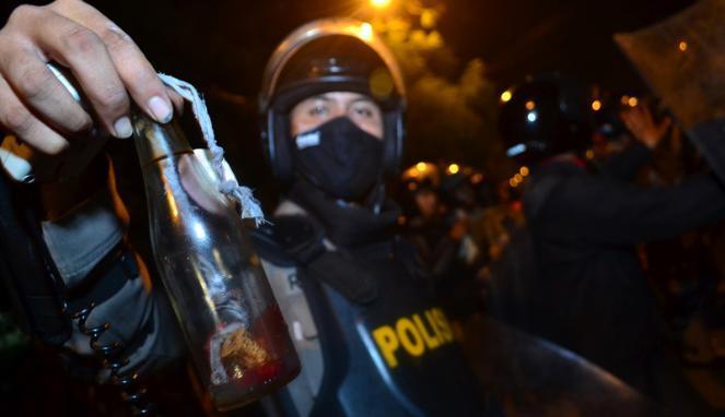 Polisi Lacak Pelaku Pelepar Bom Melotov ke SMP Negeri 6 Banjarmasin