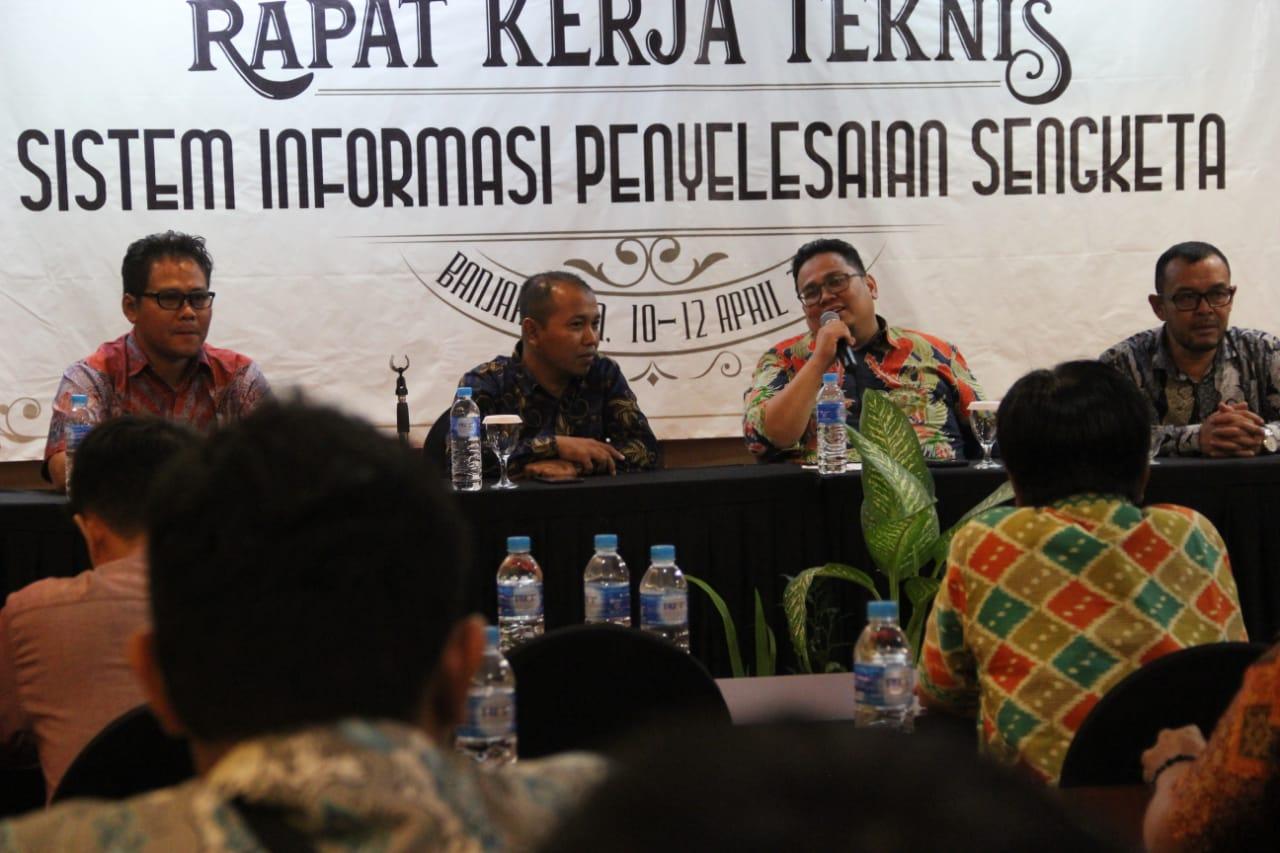 Banwaslu Cari Bukti Viralnya Surat Suara Tercoblos di Malaysia