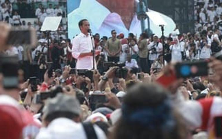 Yusuf Mansur Pimpin Salawatan di Kampanye Akbar GBK Jokowi-Ma'ruf