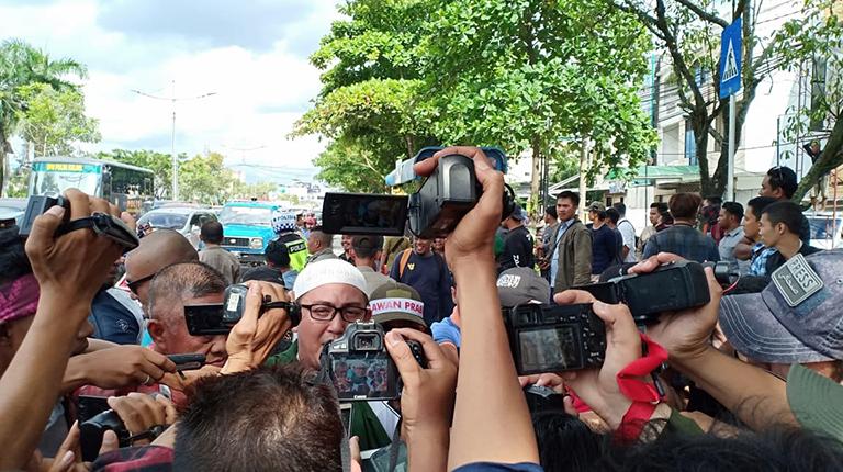 Tuntut Jurdil, Relawan 02 Demo KPU Kalsel